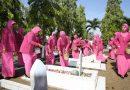 HKGB ke 65, Bhayangkari Cabang Sukoharjo Ziarah ke TMP Yudo Swargoloyo